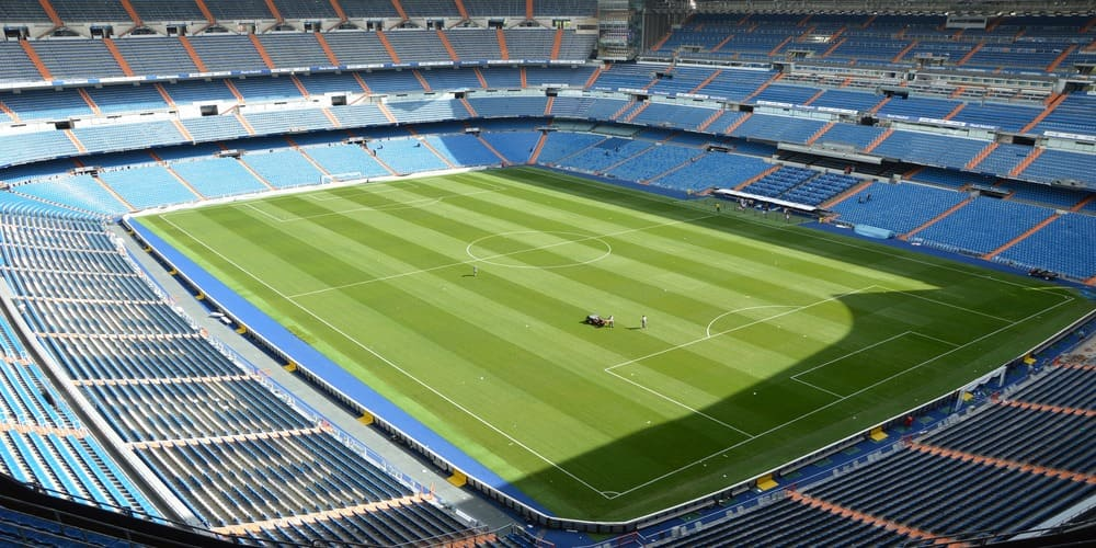 Otra cosa que hacer con niños en Madrid es visitar el Bernabéu