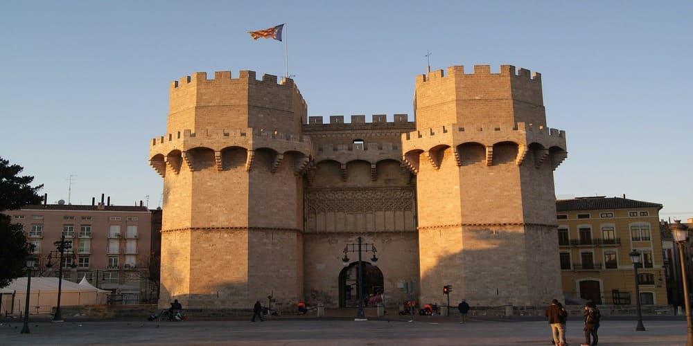 Puerta de la muralla de Valencia
