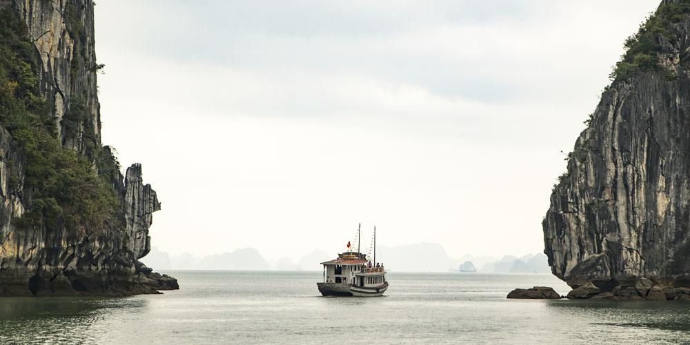 Qué ver en Hanoi: Excursión Bahía de Halong