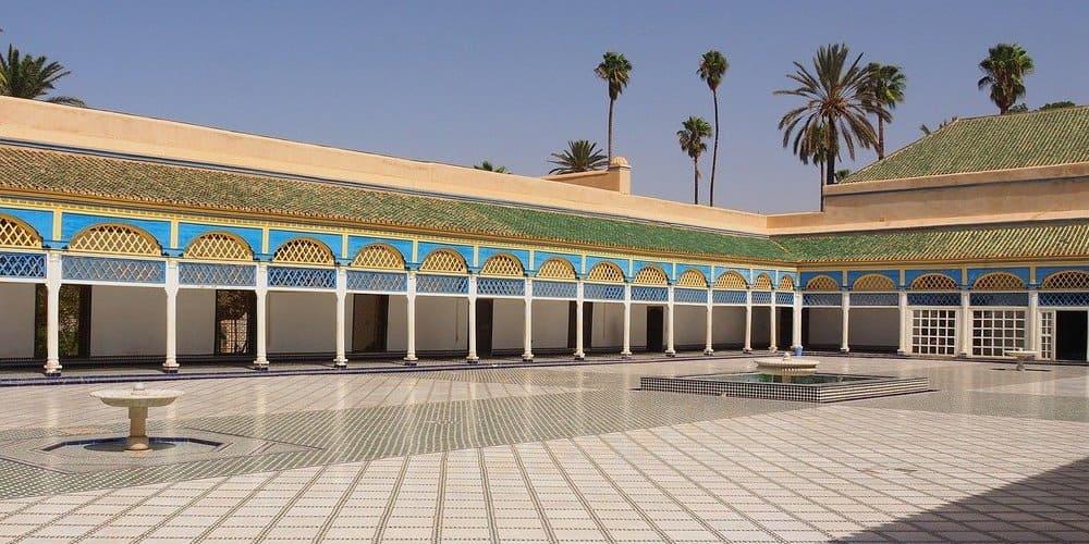 Qué ver en la Ciudad Roja - visitar el Palacio de la Bahía