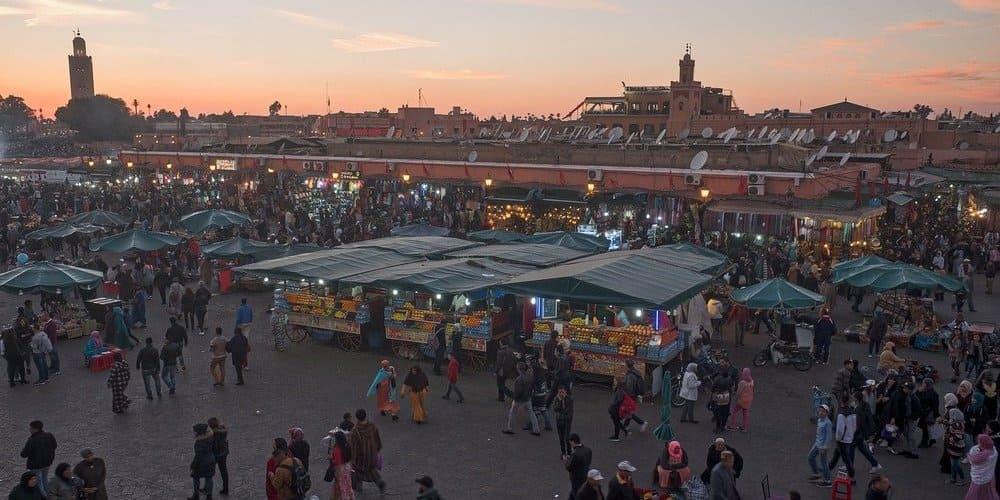 Qué visitar en Marrakech - la Plaza de Jamaa el Fna