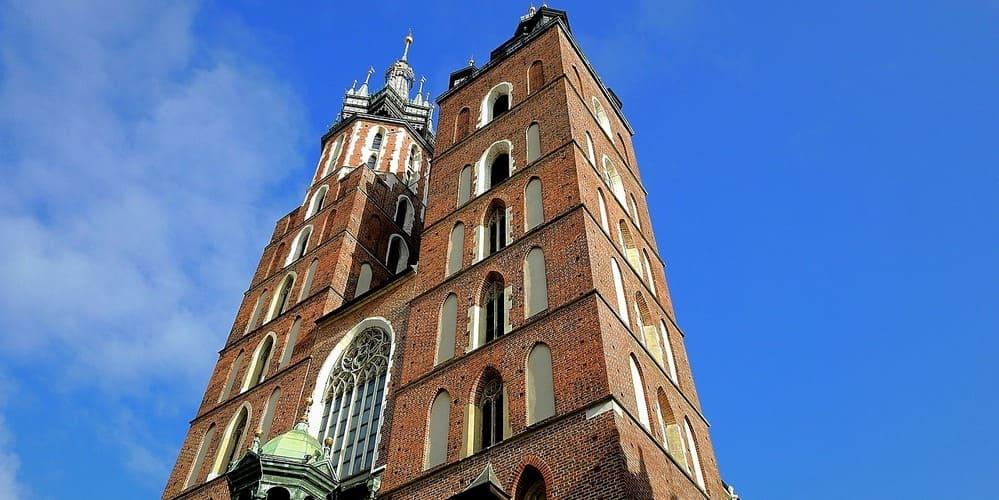 La Basílica de Santa María es una visita obligatoria de esta ciudad de Polonia