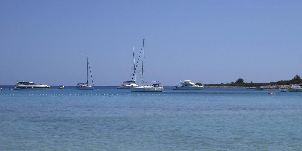 Viajar a Croacia: playa de Sakarun