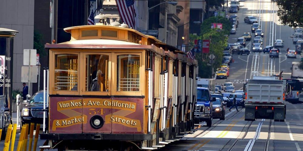 El cable car de San Francisco uno de los mejores medios de transporte para moverte por la ciudad.