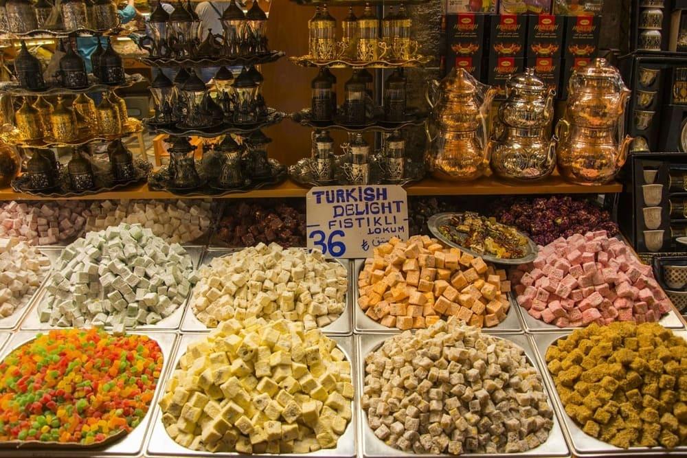 Disfruta de la comida callejera de Estambul