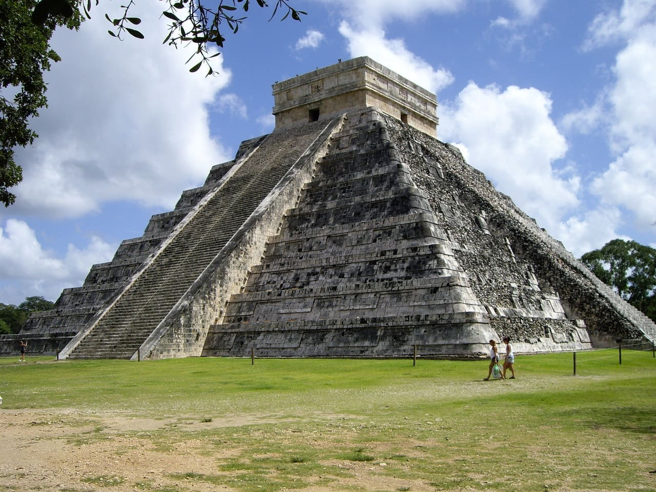 Chcihen Itza en Marzo se convierte en uno de los sitios mas populares de Riviera Maya.