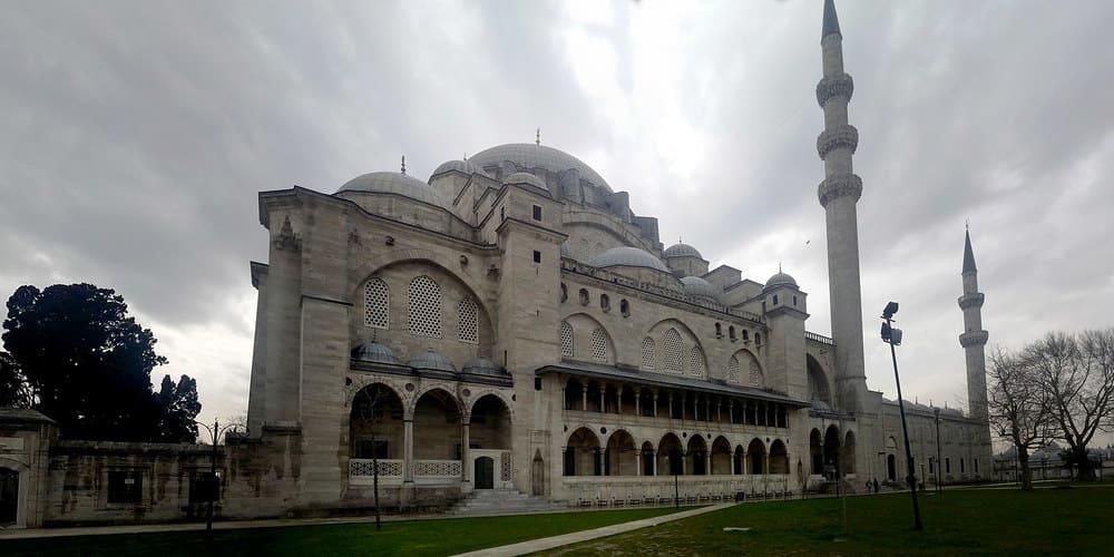 Mezquita Suleyman desde el exterior
