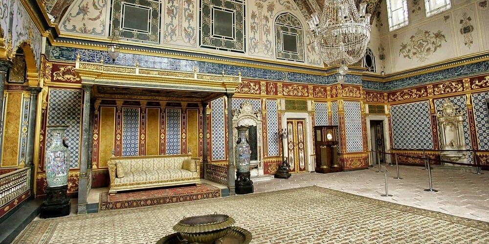 Ver en Estambul el Haren de Palacio Topkapi
