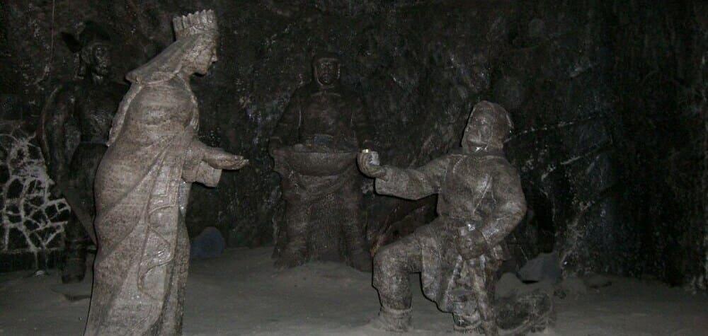 Estatuas creadas en sal, en las minas de sal de wieliczka