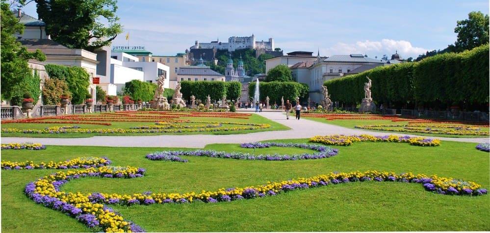 Jardines del Palacio de Mirabell