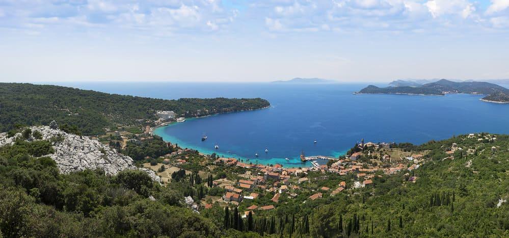 Las islas elafitas bañadas por el Mediterraneo.