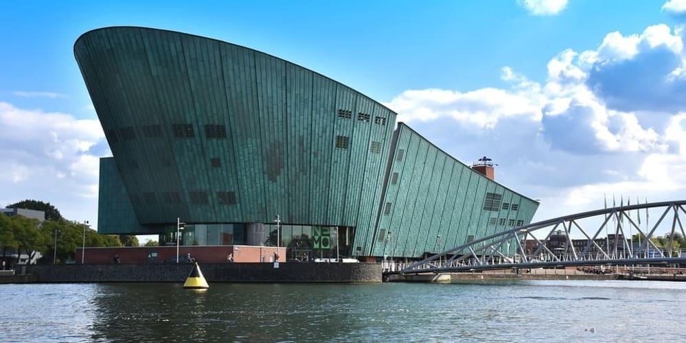 Museo de la ciencia NEMO en Ámsterdam