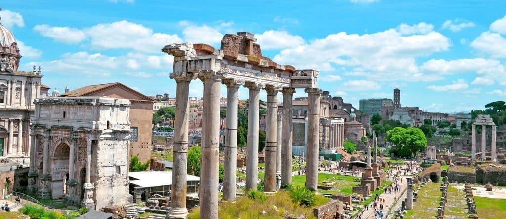 Vista panorámica del Foro Romano y el Monte Palatino
