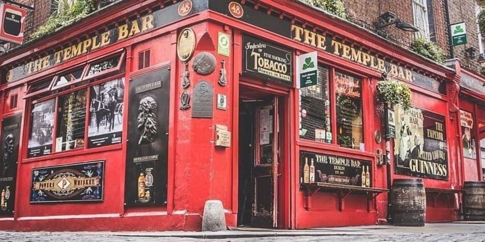 El Temple Bar, es uno de los lugares obligatorios que hay que ver en Dublín