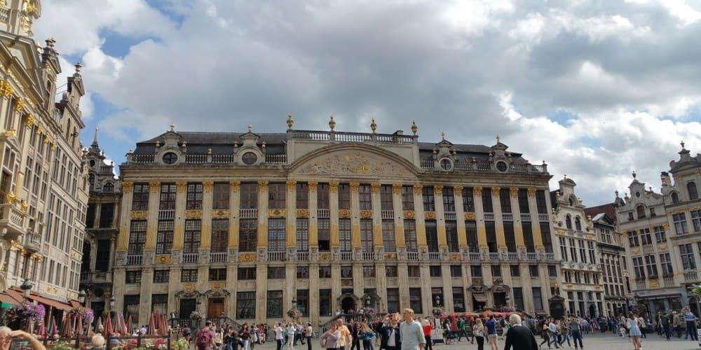 Tiempo y temperatura en Bruselas en noviembre
