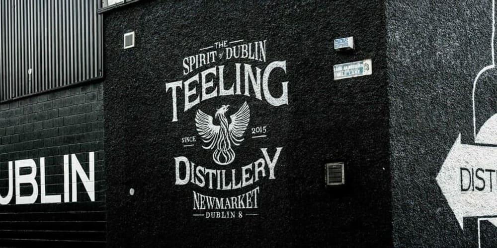Qué ver en la capital irlandesa: Fachada de la destilería Teeling