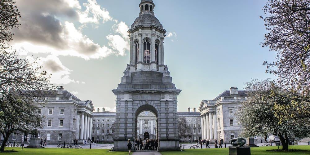 Qué ver visitar en Dublín: el Campanario del Trinity College
