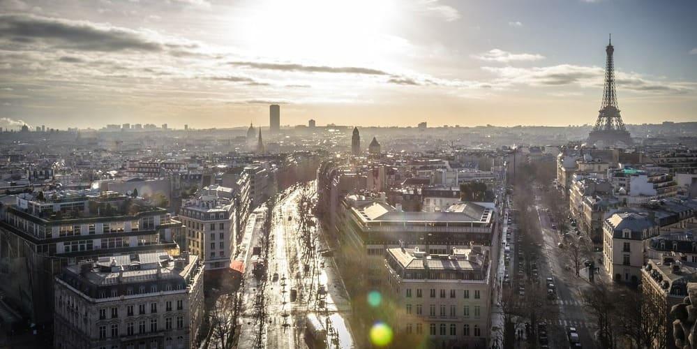 Panorámica aérea de París, no te pierdas el tiempo, clima y temperatura en París en Enero.