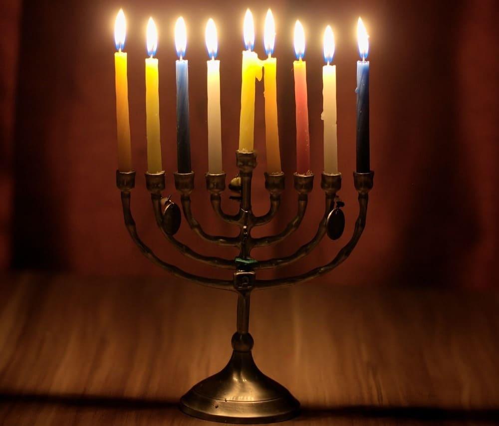 Descubre Hanukkah en el Barrio Judío de Praga