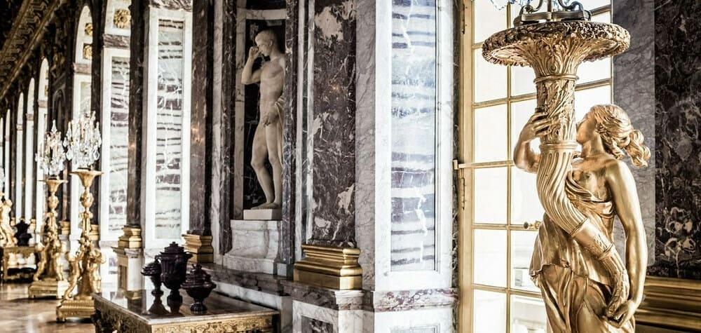 Galería de los Espejos del Palacio de Versalles.