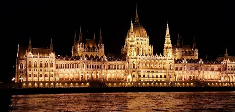 Refúgiate del frío en el Parlamento de Budapest