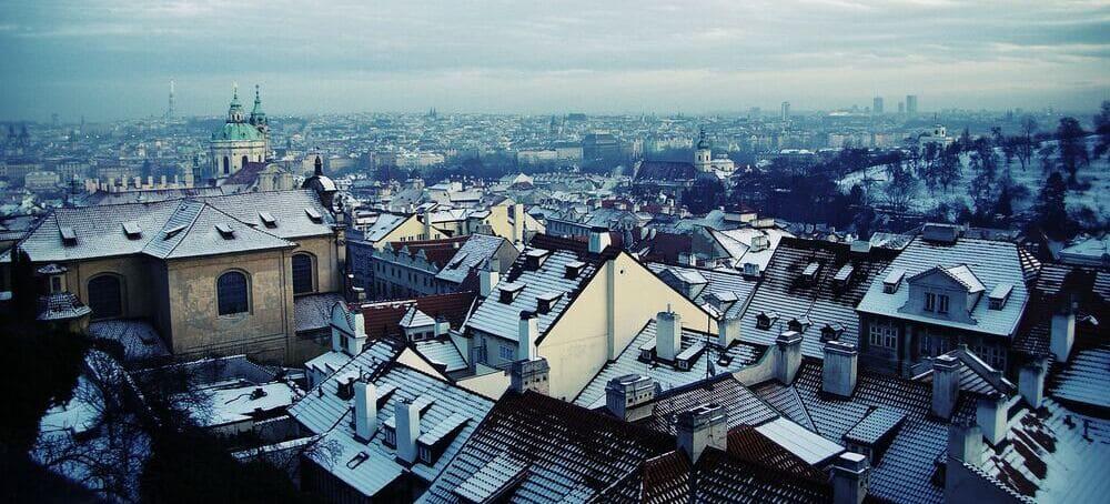 Tiempo, clima y temperatura en Praga en Febrero