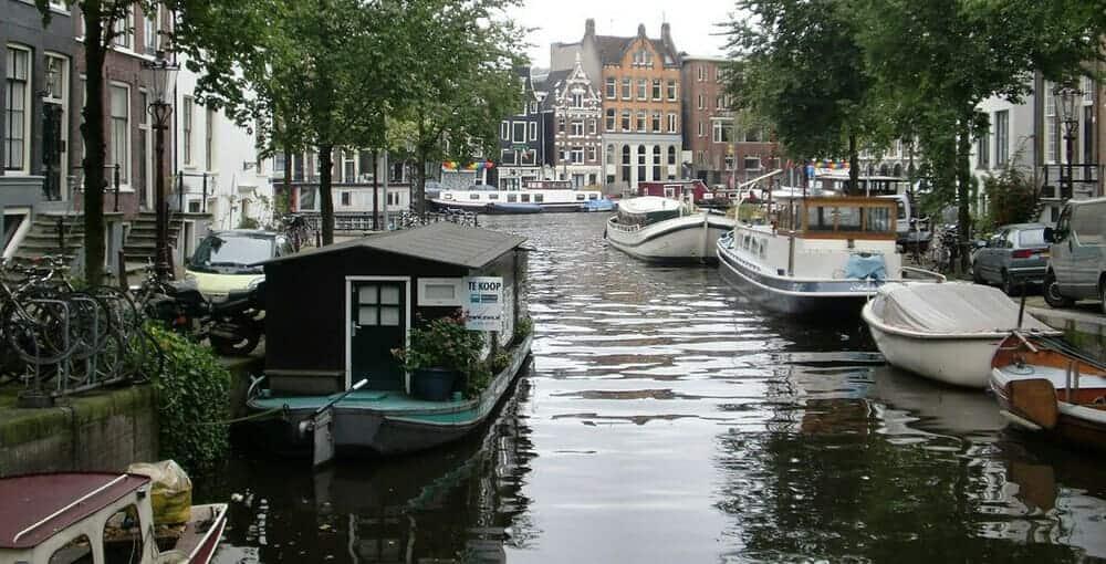 El clima en Ámsterdam en febrero