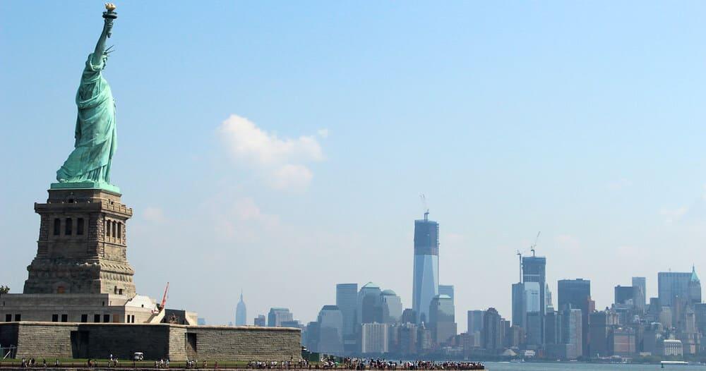 Visitar la Estatua de la Libertad en febrero en Nueva York
