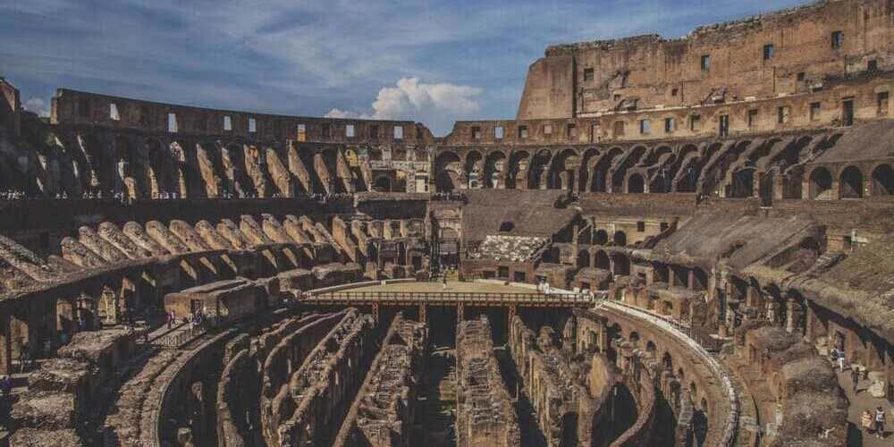 Imagen del interior del Coliseo Romano