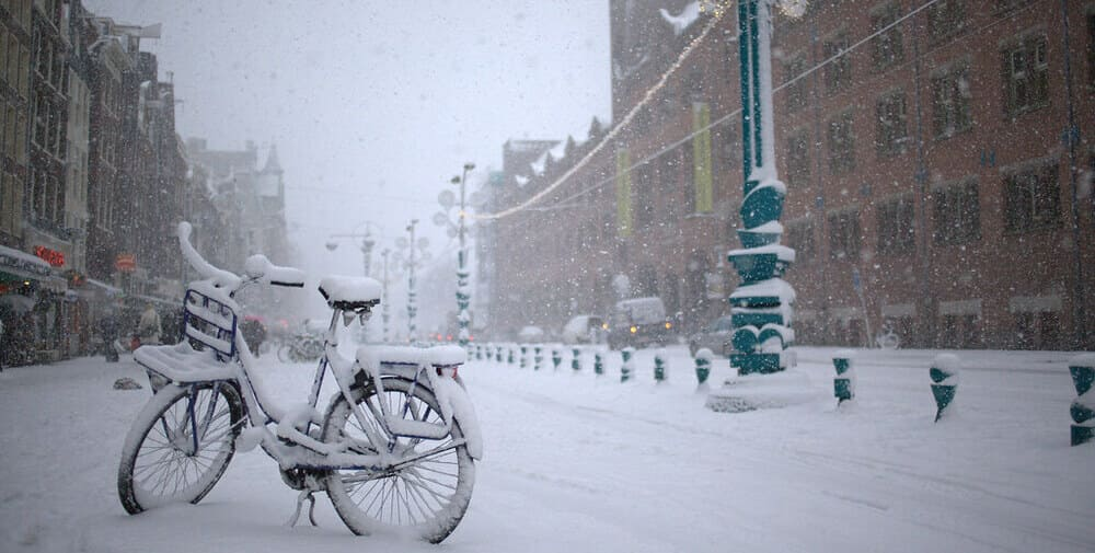 El tiempo y la temperatura en Ámsterdam en febrero