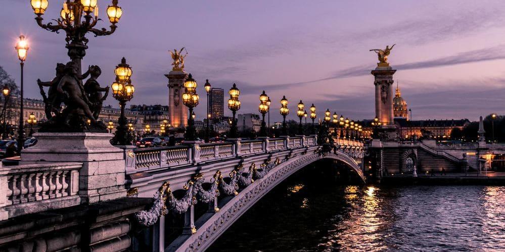 Fotografía del río Sena, este es una de las actividades más apetecibles con el tiempo, clima y temperatura en París en Marzo.