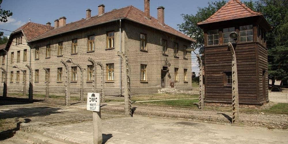 Entradas a Auschwitz y qué visitar los campos de concentración para una experiencia inolvidable