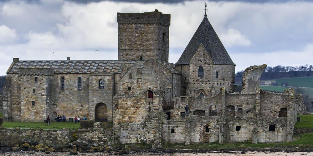 Imagen de la Abadía de San Agustín vista en las excursiones desde Edimburgo.