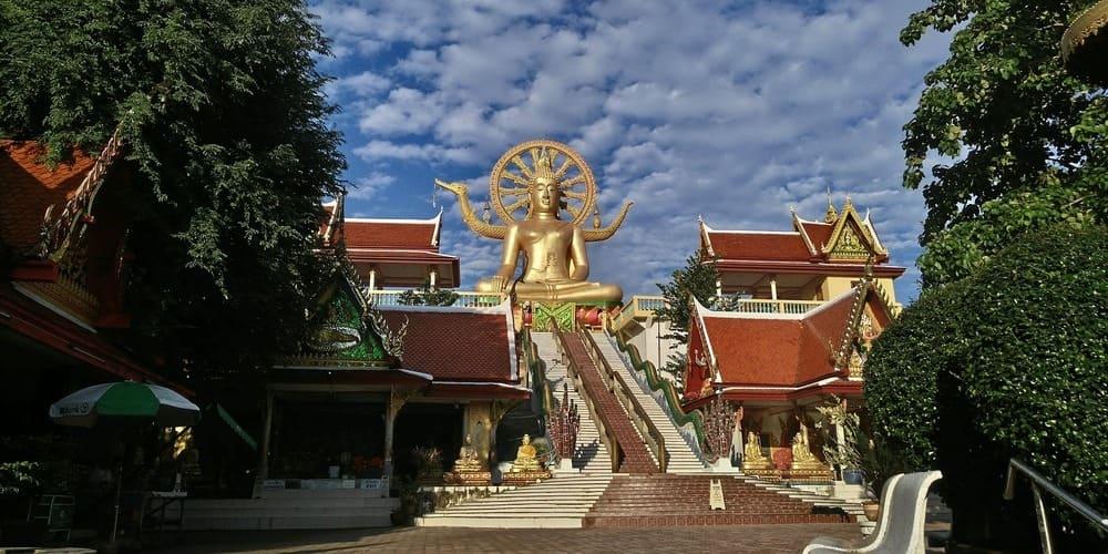 Gran Buda en Koh Samui en la excursión desde Bangkok.