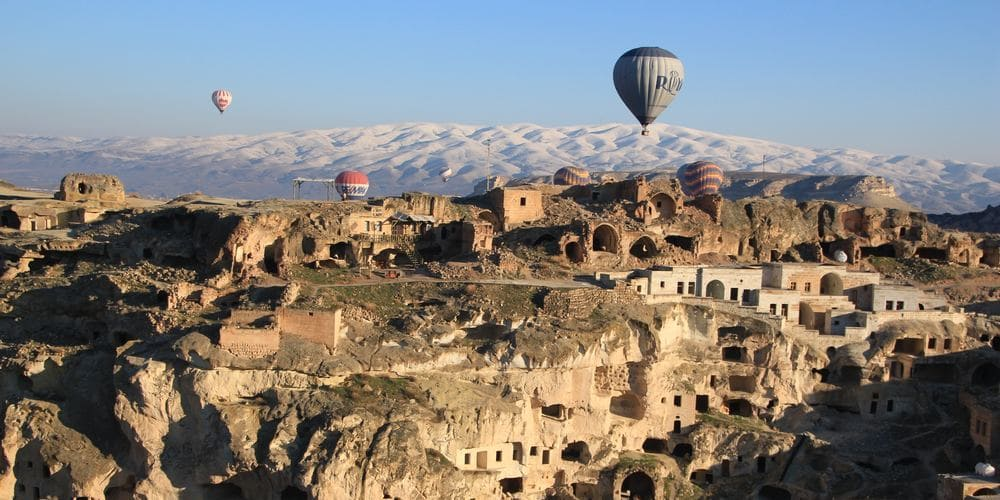 Vistas de Capadocia en el globo durante la excursión desde Estambul.