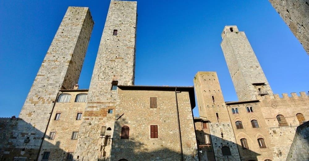 Escapa un día al pueblo medieval de San Gimignano desde Florencia