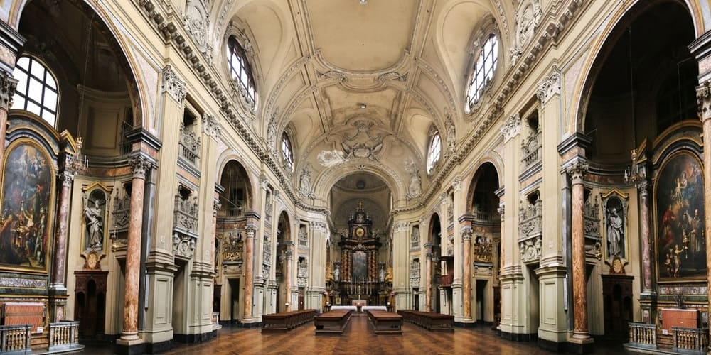 Interior de la Catedral de Turín.