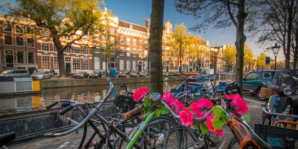 El tiempo y la temperatura en Ámsterdam en marzo