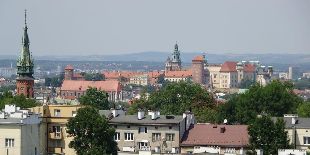 Panorámica de Cracovia con temperatura suave en marzo.