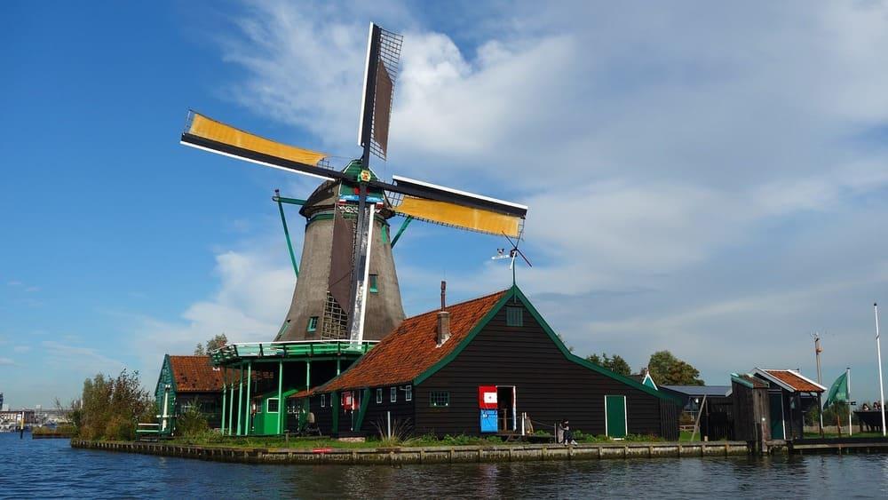Los molinos de Zaanse Schans, una de las excursiones más interesantes desde Ámsterdam