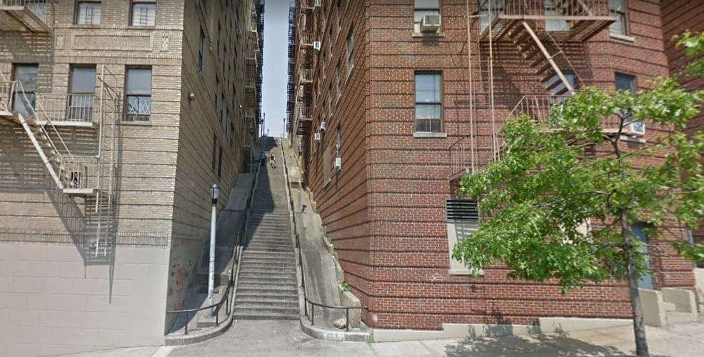Visita las escaleras de Joker en el distrito del Bronx