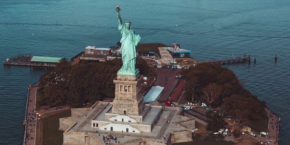 Estatua de la Libertad en octubre.