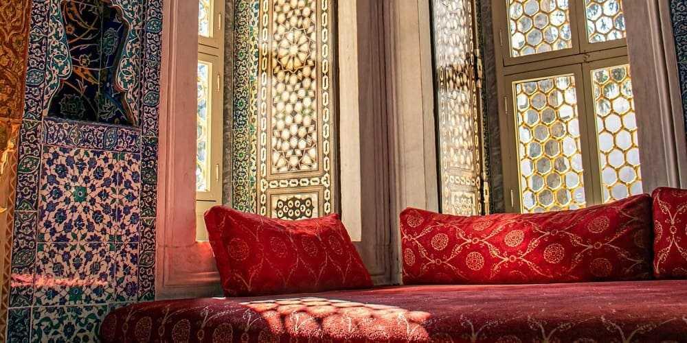 Interior de un palacio en Estambul en marzo.