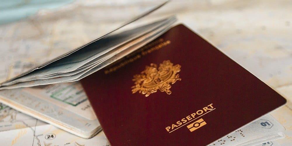 Pasaporte y autorización para entrar en Nueva York