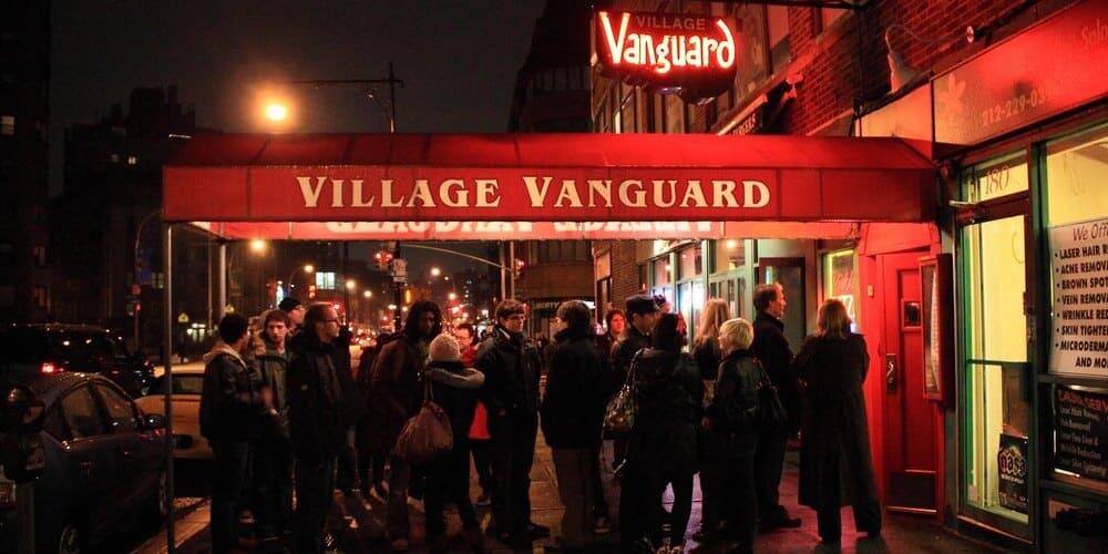 Entrada del Village Vanguard de jazz