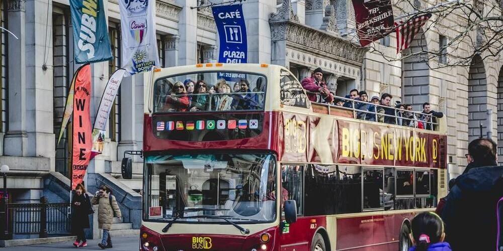 Autobús turístico durante el recorrido por Nueva York