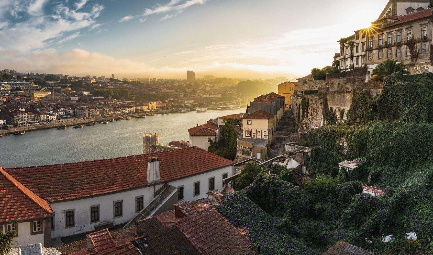 Semana Santa en Oporto (2021): Tiempo, Qué Ver y Gastronomía