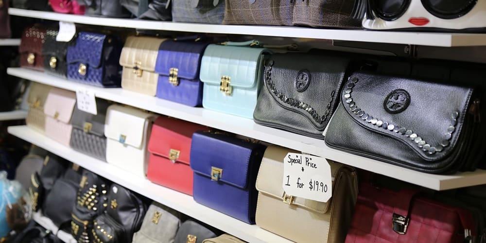 Bolsos a precios de descuento en New York