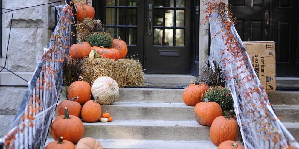 Casa decorada con motivo de Halloween en Nueva York.