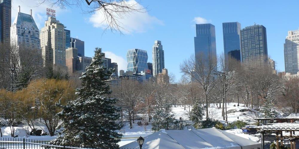 Nieve sobre Central Park en Nueva York en invierno.